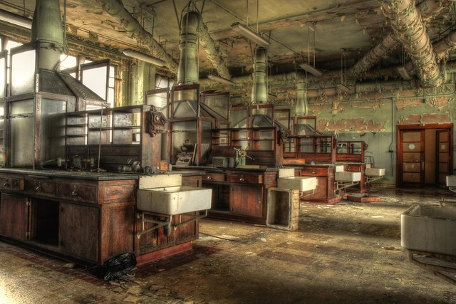Chemlab in decay