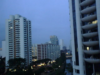 From Internet Camera(singaporeweather.ath.cx:8081)2010/12/15,06:43:17 | by ngotoh