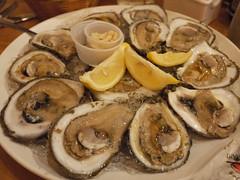 土, 2010-12-04 18:56 - Drago's Seafood Restaurant 生牡蠣