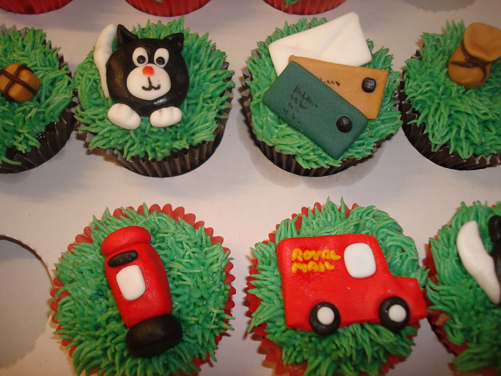 a5463adf660a Postman Pat themed cake and cupcakes | Handmade fondant Post… | Flickr