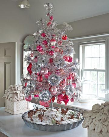Árbol de Navidad en tonos blancos