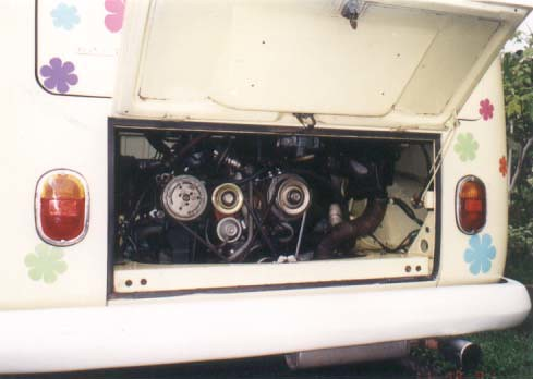 VW split bus in Malaysia- Fuel Injection engine | Teng Tsen