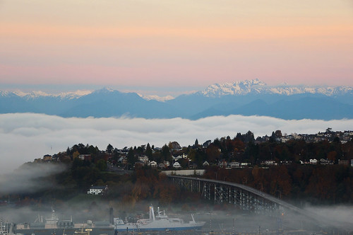 seattle fog sunrise washington nikon magnolia pugetsound olympics olympicmountains davidhogan d5000 magnoliabridge