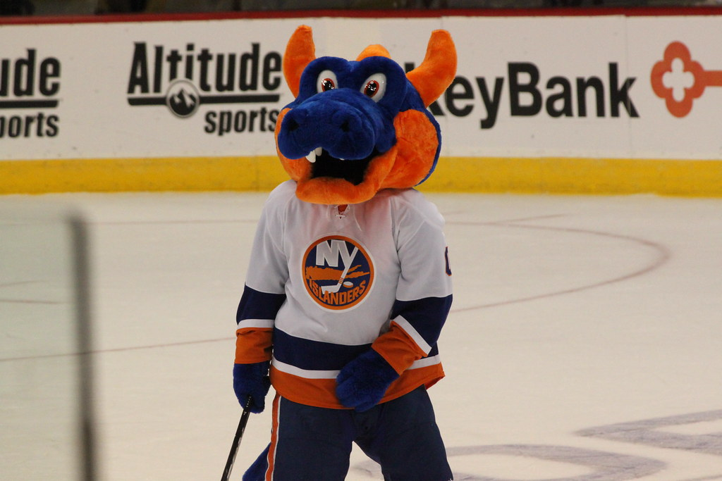 Sparky The Ny Islanders Mascot At The La Colorado Hockey G Flickr