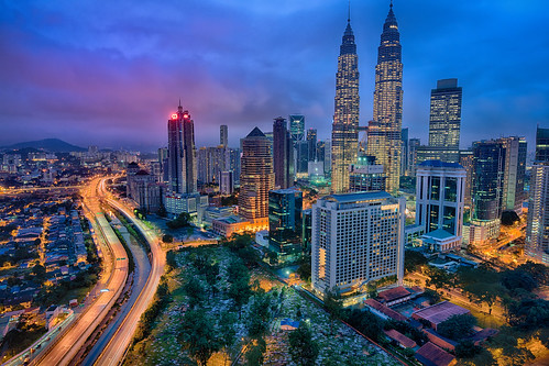 petronas canon5dsr building city kualalumpur structure malaysia exterior urban towers adrianchandler kl architecture nightscape nightphotography cityscape outdoor