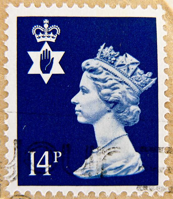 beautiful stamp Northern Ireland GB UK 14p Briefmarke timbre regionalstamp Great Britain GB England Commonwealth Grossbritannien UK United Kingdom Machin Queen Elizabeth QEII selo postage 14p Northern Ireland Windsor Royal Mail