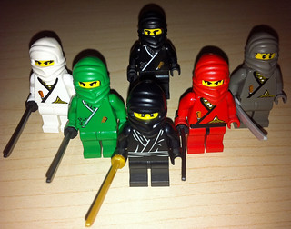 LEGO Collectible Minifigures Series 1 Ninja vs. Castle Ninja | by wiredforlego