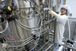 Large scale bioreactor | by Sanofi Pasteur