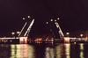 Sankt Peterburg, zvednutý most před Ermitáží, foto: Petr Nejedlý