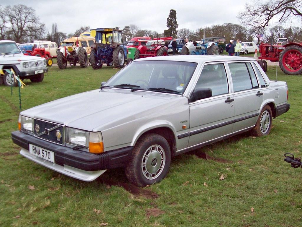 155 Volvo 740 GLE (1988)   Volvo 740 GLE (1984-93) Engine 23