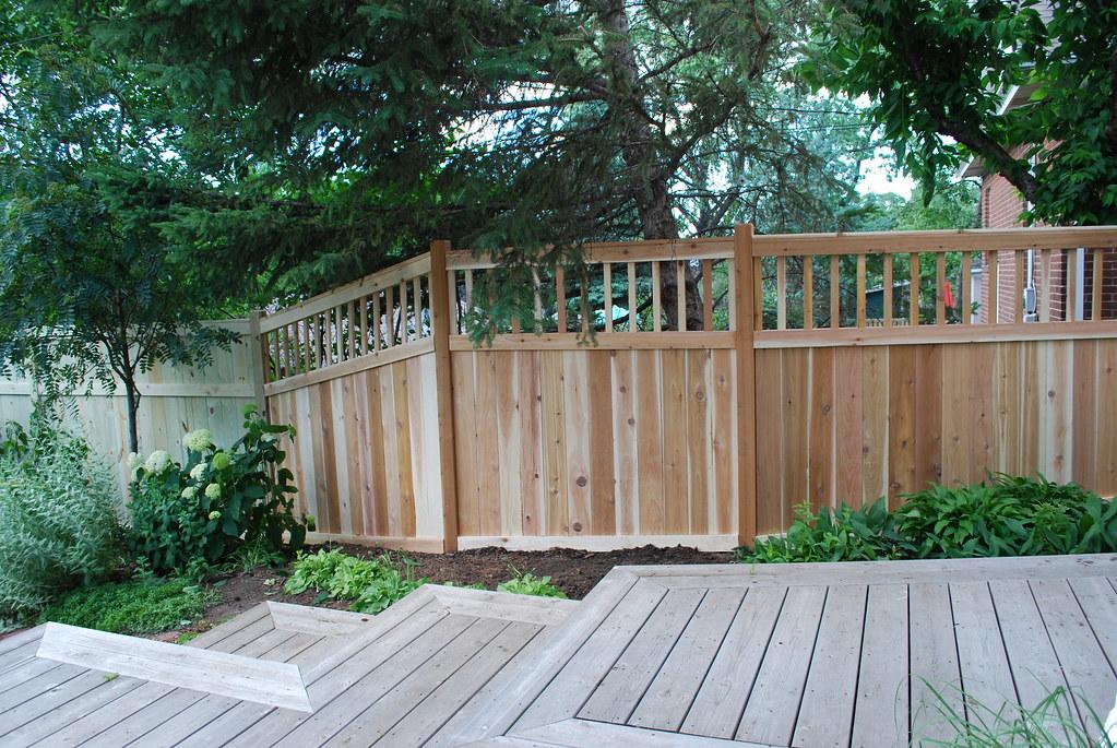 Sideyard privacy fence