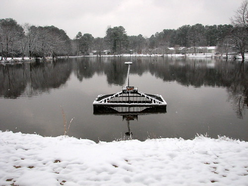Maynard Lake in Snow in Cary NC 4354 | by bobistraveling