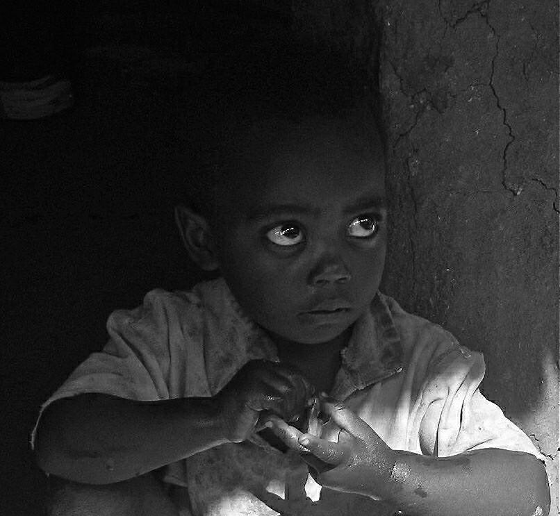 Ethiopian eyes. (Full body, restricted, see below)