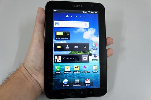Samsung Galaxy Tab - in the hand   by liewcf