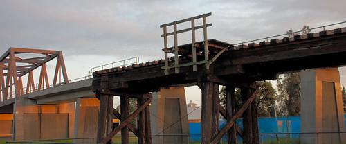 bridge sunrise river railway