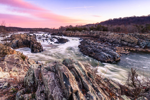 cascades falls winter overlook nature background early morning national virginia scenic sky gorge mather lines usa greatfalls water potomac landscape view cold fallline longexposure rock colorful sunrise beautiful bright bluff nationalpark shadows formation park foreground river cliff travel