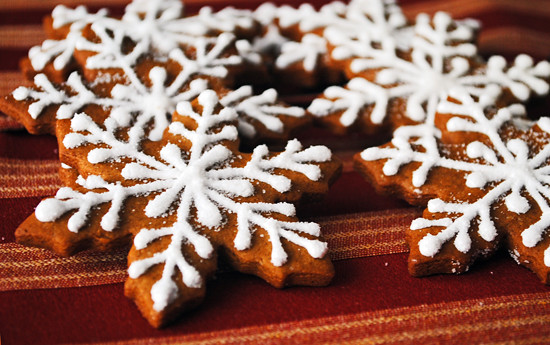 Gingerbread Snowflakes Gingerbread Snaps Snowflake Shapes Flickr