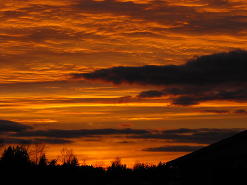 morning sunset red orange colors yellow night clouds scenery britishcolumbia best company lowermainland virgilio concordians thebestshot dragondaggerphoto dragondaggeraward tripleniceshot