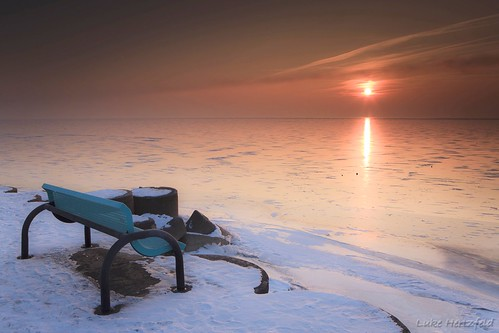 winter lake snow reflection ice sunrise bench concrete dawn pier glow lakeerie lunapier