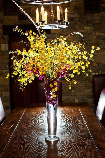 Wedding Floral San Martin, Yellow Orchids Centerpieces