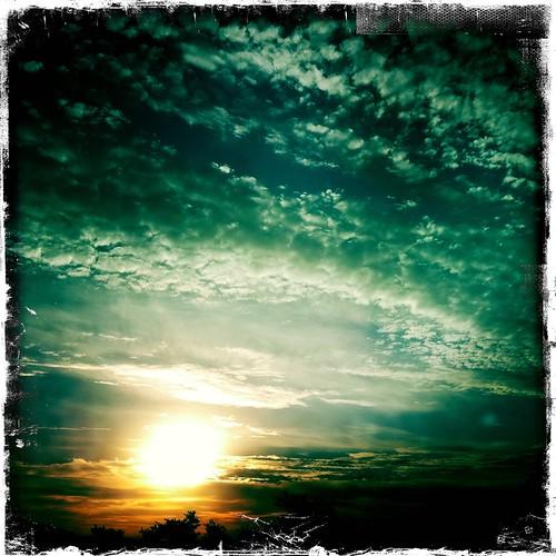 cameraphone sky clouds sunrise outside iphone flickraward johnslens mygearandme hipstamatic ringexcellence dblringexcellence kodotxgrizzledfilm