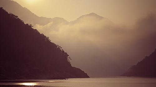 fog 50mm hills godavari niftyfifty papikondalu hillscoveredbyfog