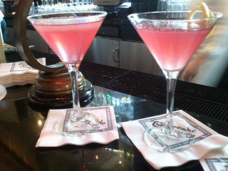 Regular and lite cosmopolitans at The Cheesecake Factory in Walnut Creek | by allaboutgeorge