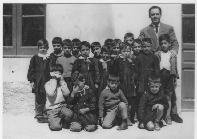 foto di scolari pazzaniti del '54 (foto fatta nel ?)