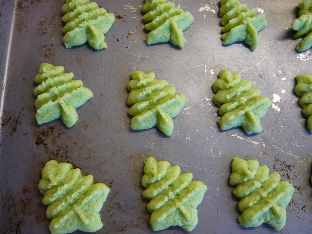 Christmas Tree Shaped Cookies From Our New Cookie Press Flickr