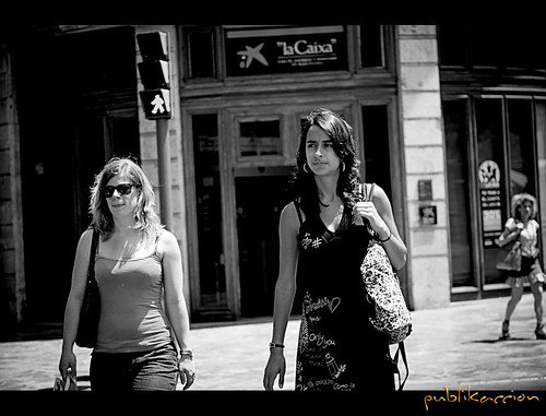 Street Photography, Valencia (2009-06-20) | by publikaccion.es