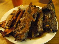 土, 2011-03-12 20:48 - Fat Alley BBQ ビーフリブ(ハーフ)とスイートポテトフライ