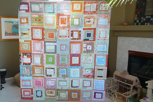 Munki in the middle quilt top