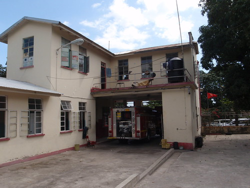 fire kingston jamaica firestation firehouse brigade jfb feurwehr standrewsparish rollington