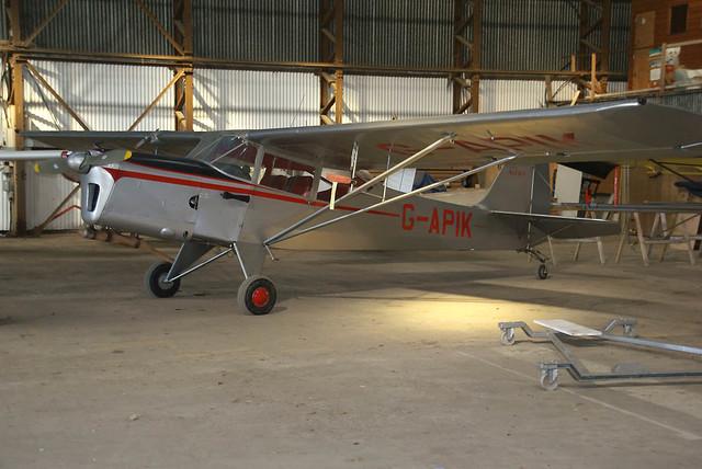 G-APIK-shobdon-13032011