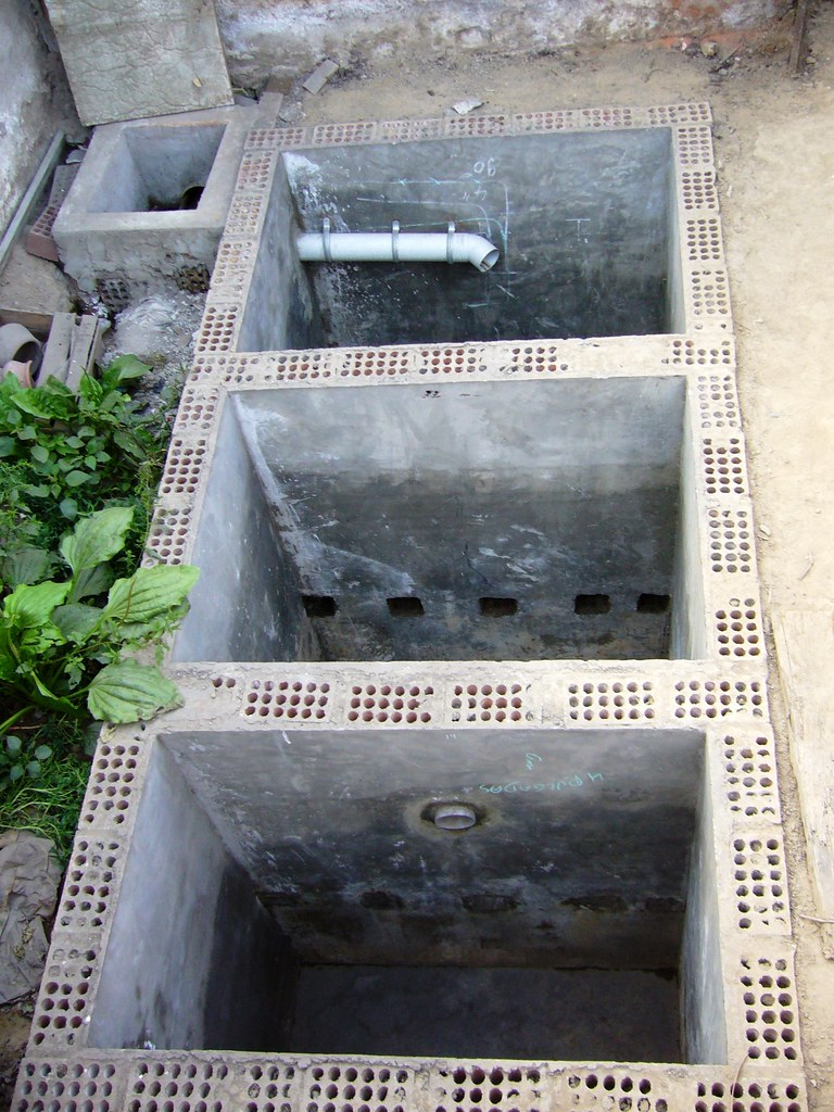 Simple Public Toilet