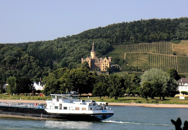 Schloss Arenfels by bryandkeith on flickr