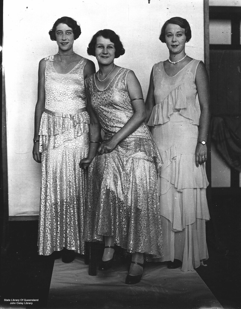 1930s gowns photo