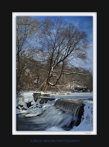 newyork morninglight waterfall carlzeiss singray bronxriver nikond3 carlosmolina colorintensifier carlosmolinaphoto variduo 35mmdistagontf2