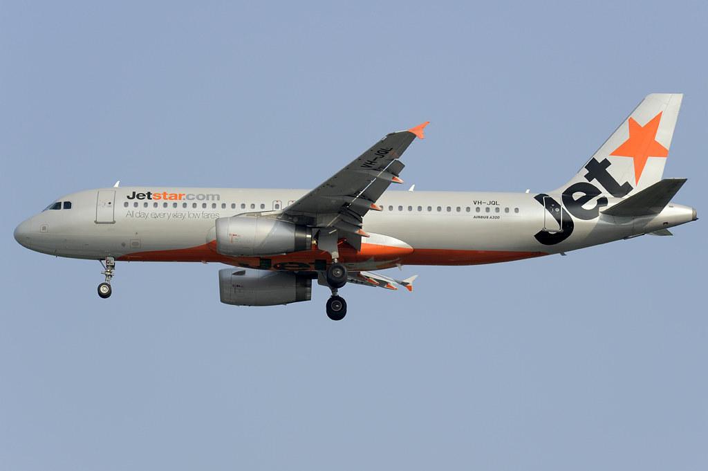 Jetstar Airbus A320 (VH-JQL) DSC2021