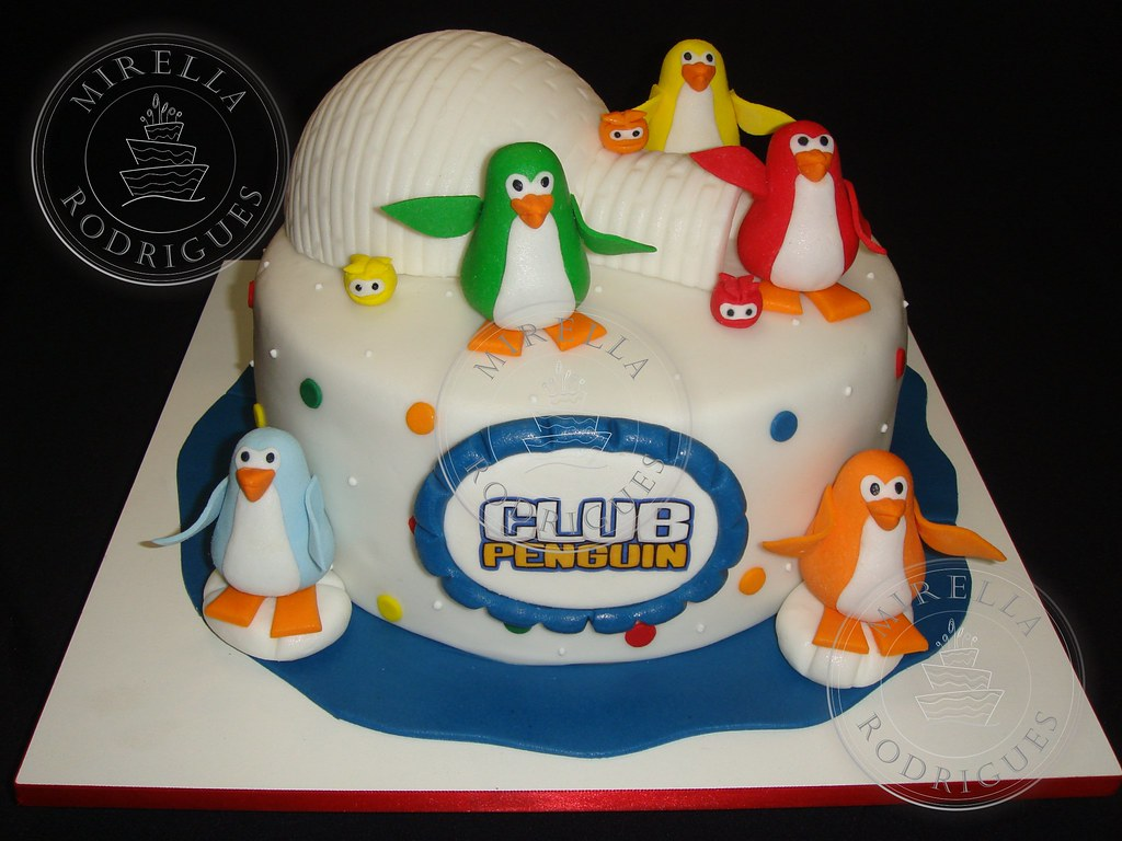 Sensational Bolo Club Penguin 2 Club Penguin Birthday Cake 2 Flickr Funny Birthday Cards Online Aeocydamsfinfo
