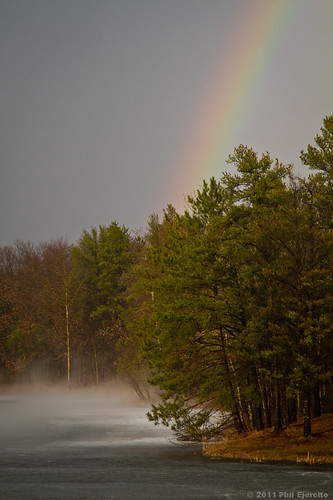 usa cloud mist lake storm weather clouds rainbow stormy thunderstorm twister tornado wi cyclone stormcloud severeweather wx supercell mesocyclone cyclonicstorm