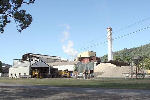 mill train rail sugar mossman queensland narrowgauge sugarcane