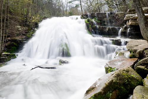 water waterfall rocks stream cascade roaringrun