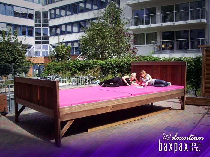 baxpax downtown Hostel Hotel Berlin - biggest hostel bed i ...