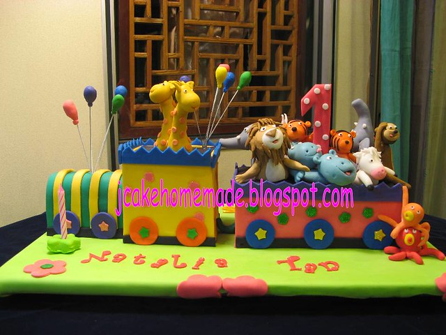 Animals train birthday cake