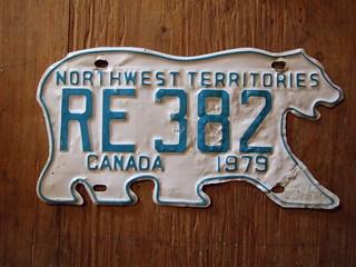 NORTHWEST TERRITORIES 1979 ---RENTAL CAR PLATE #RE382