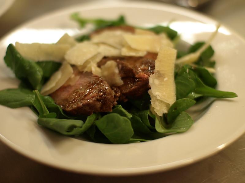 steak, arugula, and parmesan salad