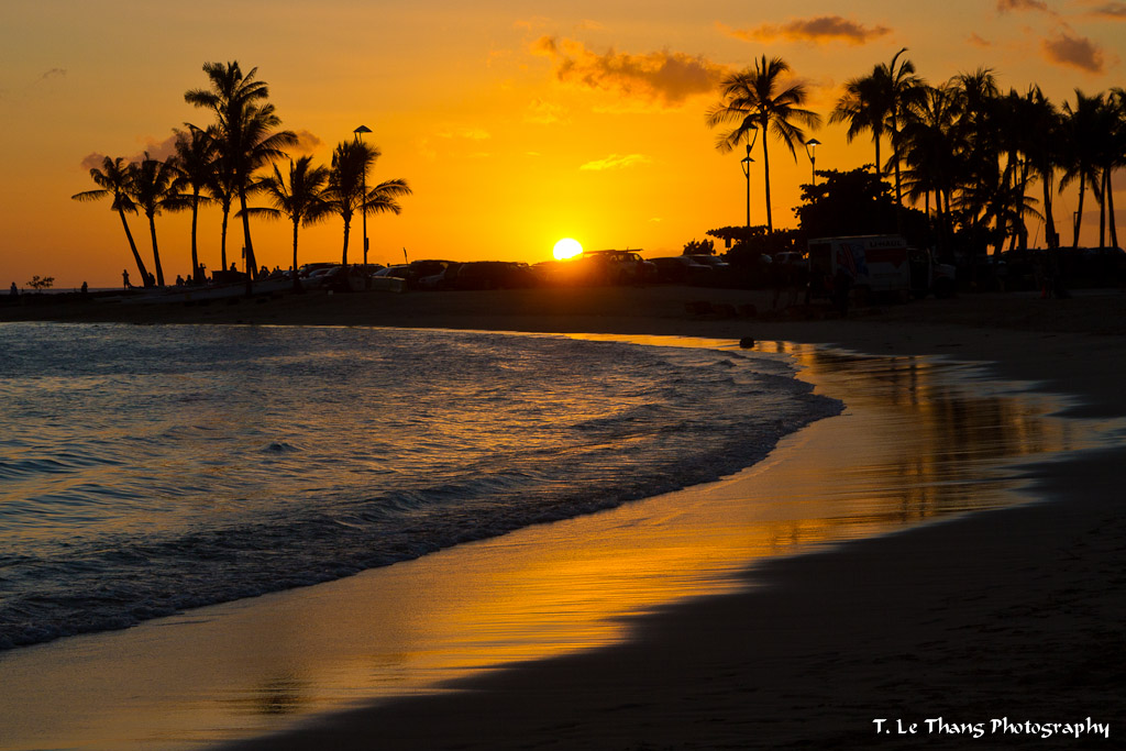 Sunset On Waikiki Beach Honolulu Hawaii T Le Thang Flickr