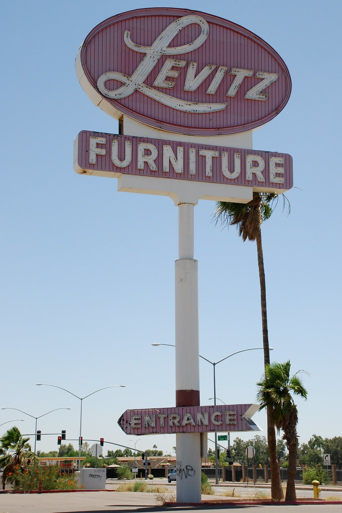 Levitz Sign Of The Defunct Levitz Furniture Store Chain Re Flickr
