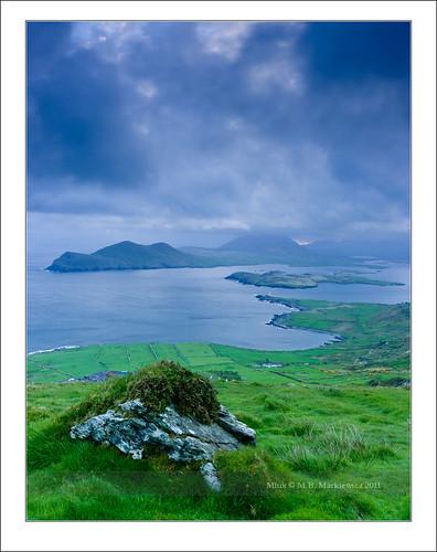 blue ireland sea seascape rock clouds sunrise landscape island waves kerry hour celtic munster chapeltown sonnar vario sonydsc sal2470za sonydslra900 2470mmf28zassm sonyzeissvariosonnar247028ssm kerrycovalentia 51°552487n10°204264w